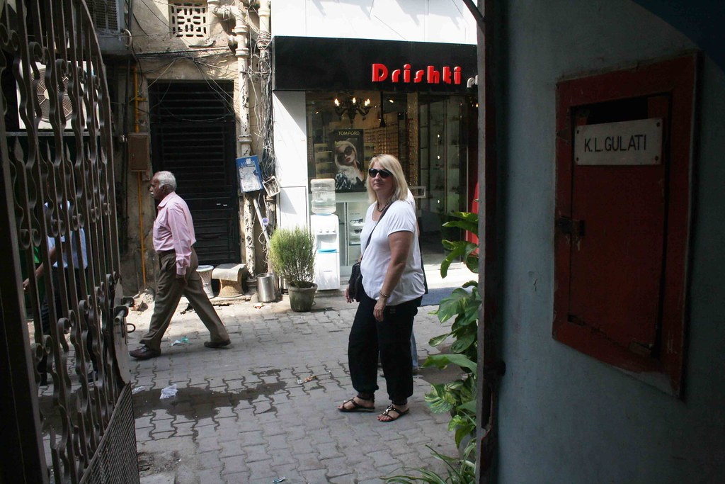 City Life – Private Homes, Khan Market