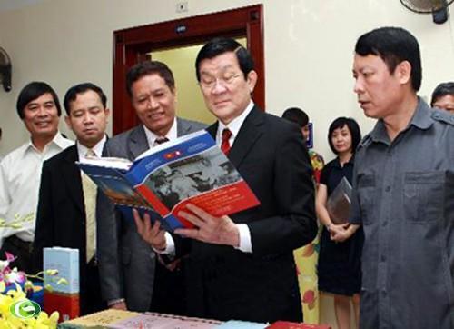 Hình ảnh Hoạt đông Chủ Tịch Nước Trượng Tấn Sang