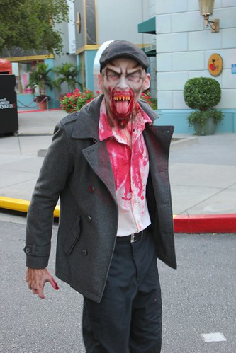 Daytime at Halloween Horror Nights 2012