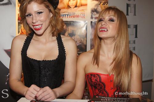 Brooklyn Lee and Lea Lexis