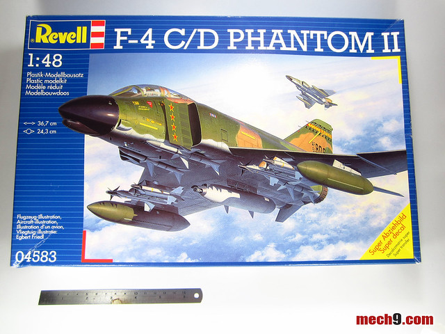 1/48 F-4 C/D Phantom II by Revell