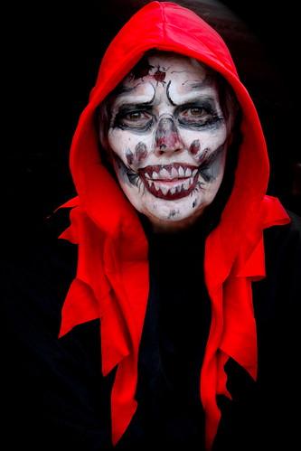 holiday halloween face skull makeup toni skullface genevaindiana limberloststatehistoricsite spooktacularnature