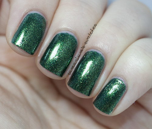 Zoya Ornate Logan