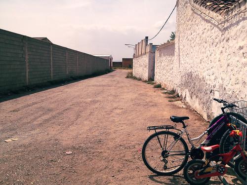 Empty streets, Longares