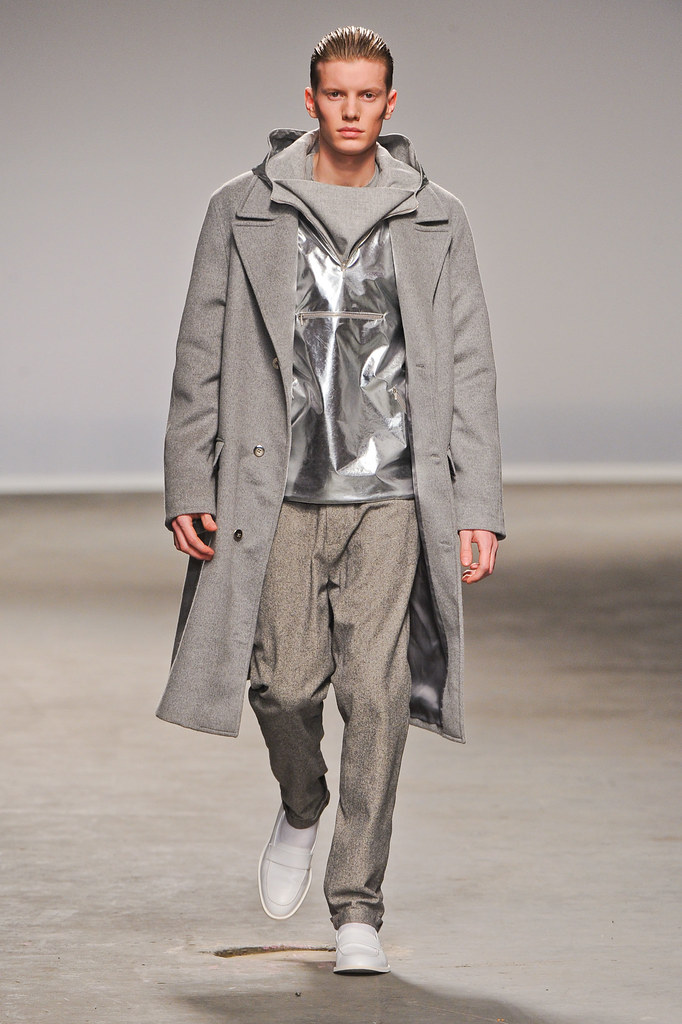 FW13 London Richard Nicoll016_Ollie Mann(fashionising.com)