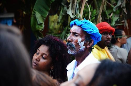 blue island concentration nikon ile nikkor marche feu malabar tamoul 1685 f3556 malbar cérémonie d7000 réunion