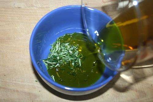 10 - Öl & Rosmarin mischen / Mix oil & rosemary