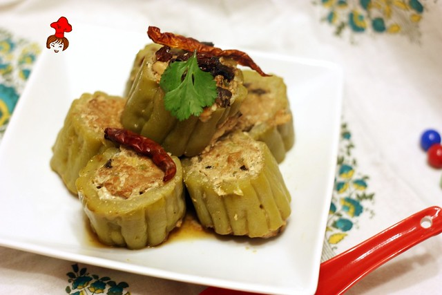 苦瓜鑲肉 Steamed  Bitter Gourd Stuffed with Minced Pork 9