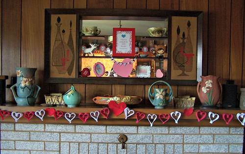 Valentine Mantle
