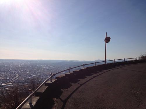 焼津高草山からの景色 東名高速道路が見えます