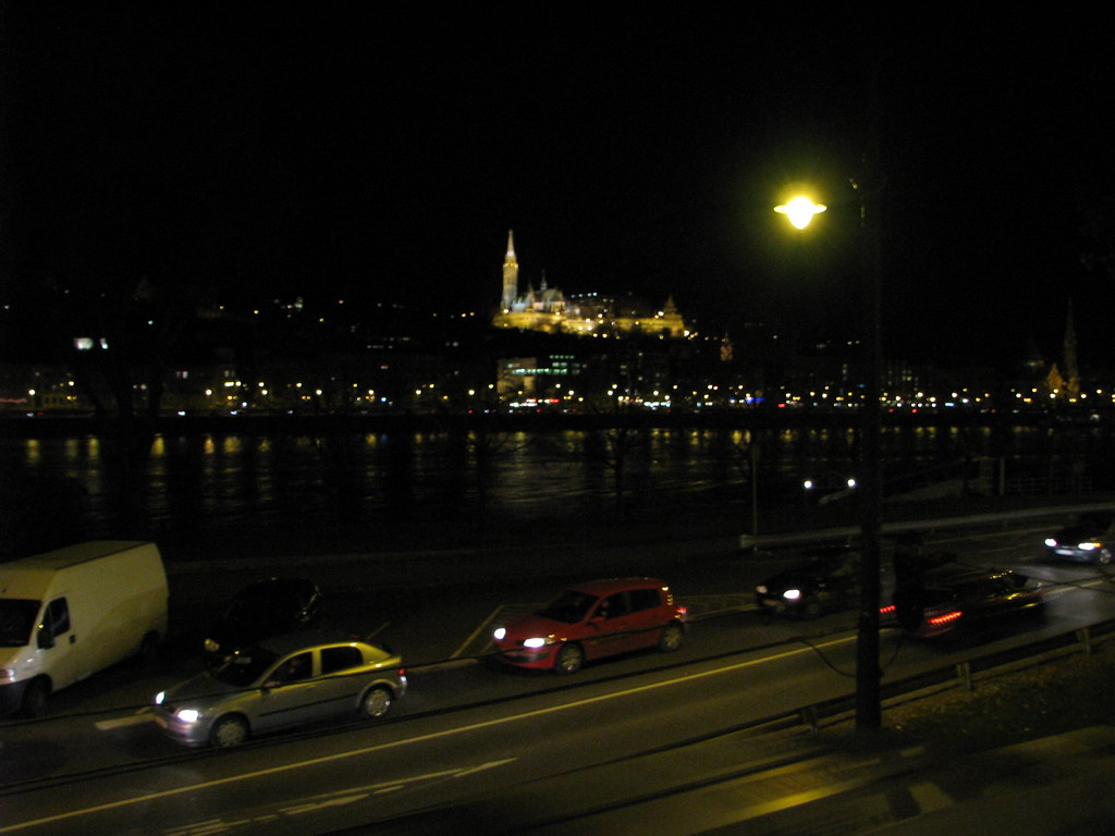 Week-end la Budapesta 8441897811_8300d3537f_b