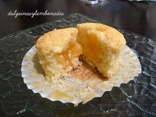 Cupcakes de Vainilla con Lemon Curd - Corte