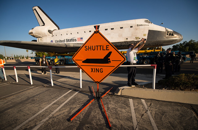 Space Shuttle Endeavour Move (201210130006HQ)