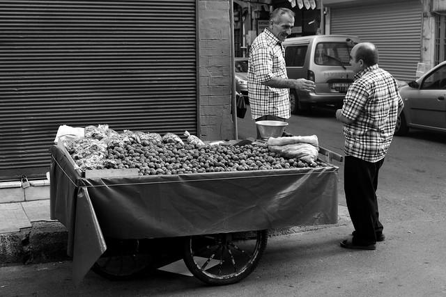 Nut vendor in Istanbul