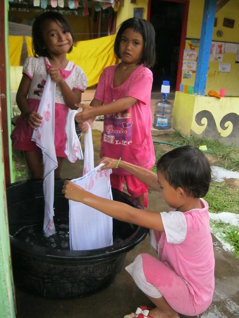 die kinder waschen ihre handt cher von beginn an lernen flickr photo sharing. Black Bedroom Furniture Sets. Home Design Ideas