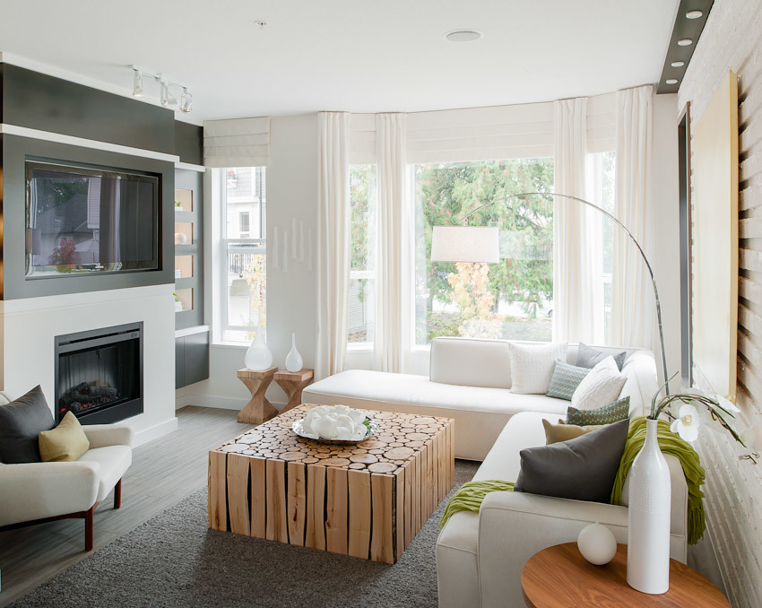 Red Maple Park - Living Room