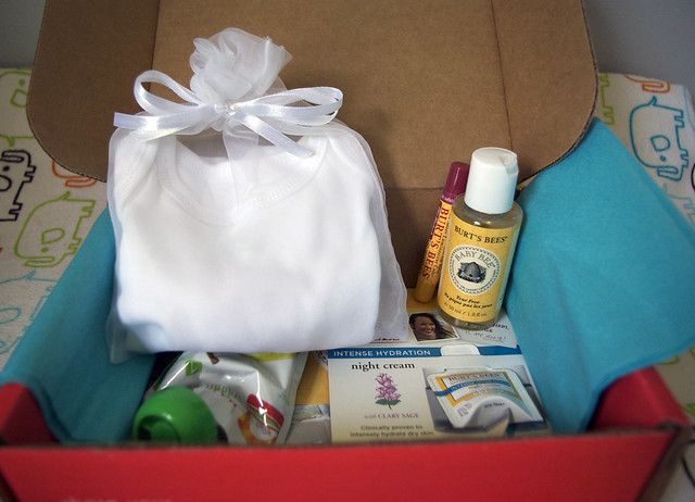 October Bluum Box guts