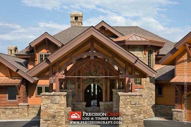 Entrance Trusswork | PrecisionCraft Mountain Style Homes