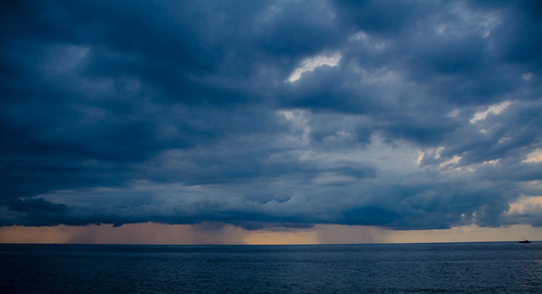 indonesia raw rainstorm northsulawesi manado badai hujan skyfall malalayang nikond7000 yemaria sedonaresortbeach