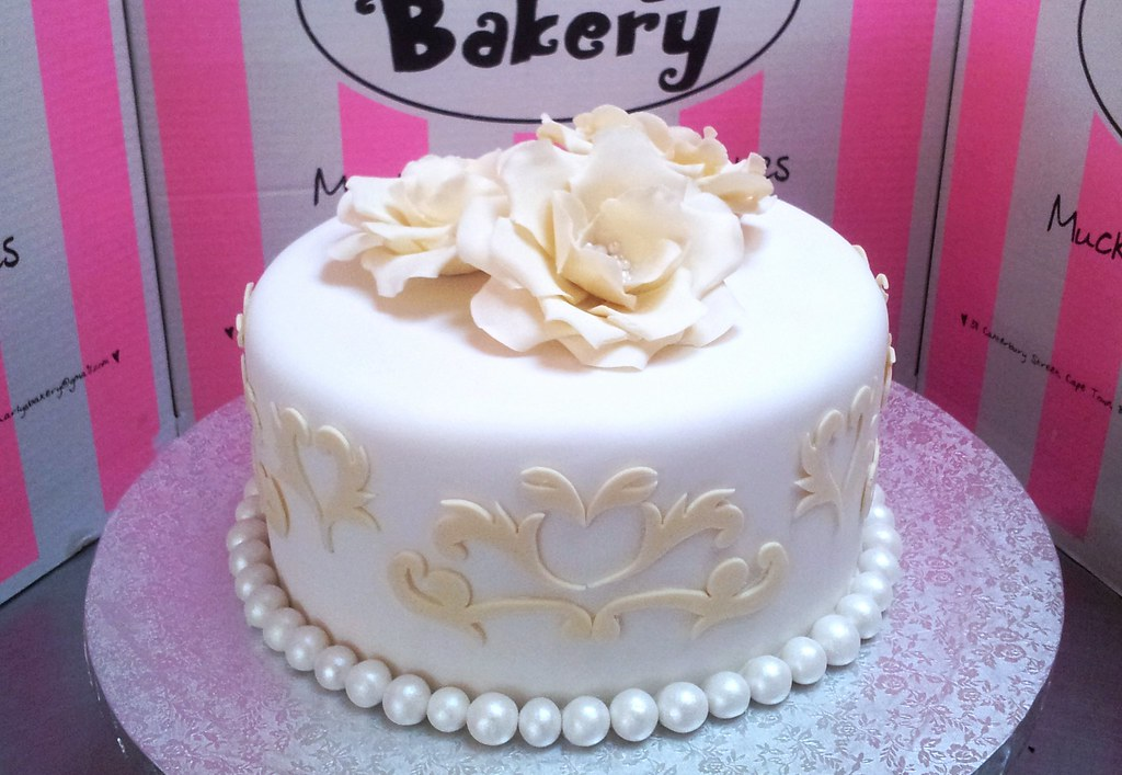 single tier fondant birthday cakes