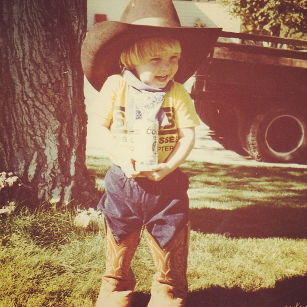 At a young age, she developed a taste for Western wear... and beer. #tbt