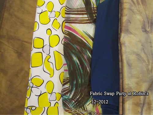 Fabric Swap Party at Robin_s,