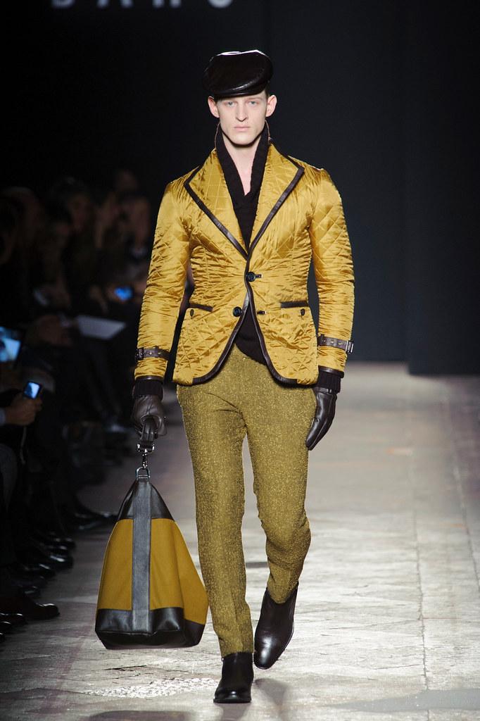 FW13 Milan Daks033(fashionising.com)