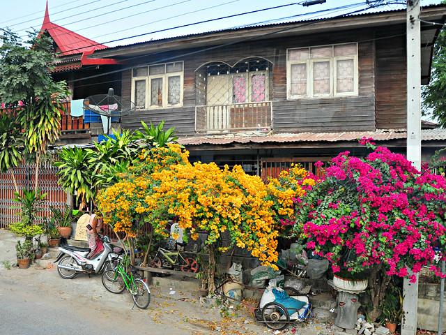 Ban Prasat House