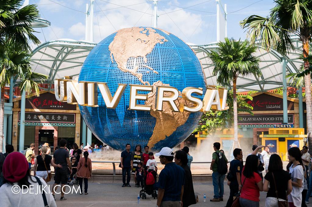 Universal Studios Singapore - The Globe