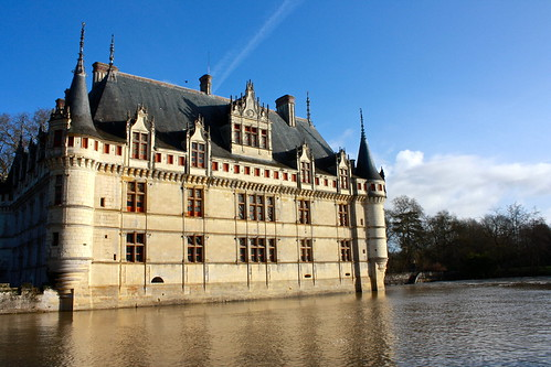 the ch teau of azay le rideau france the floating loire valley castle. Black Bedroom Furniture Sets. Home Design Ideas