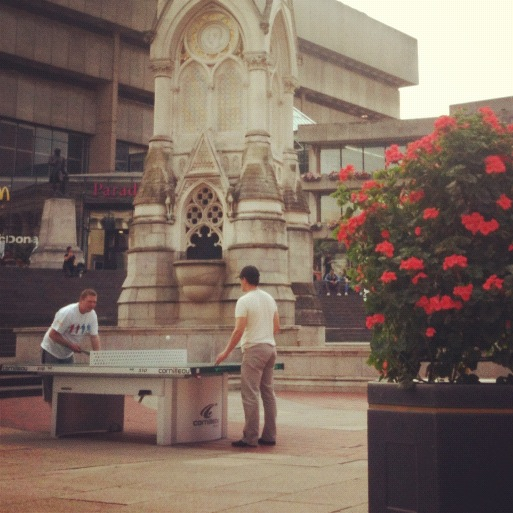 Ping pong en Victoria Square