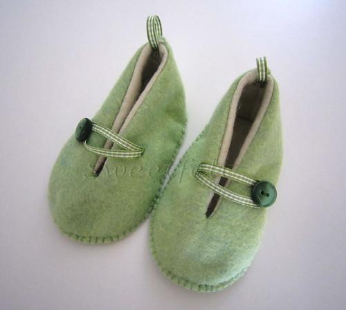 ♥♥♥ Pantufinhas quentinhas e verdinhas! by sweetfelt \ ideias em feltro
