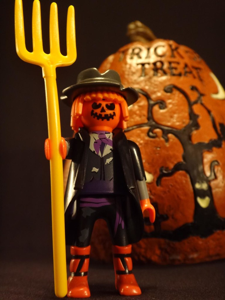 Playmobil blind bag series 3 pumpkin man