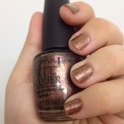 #opi #WarmAndFozzie - really great nail color for the fall.