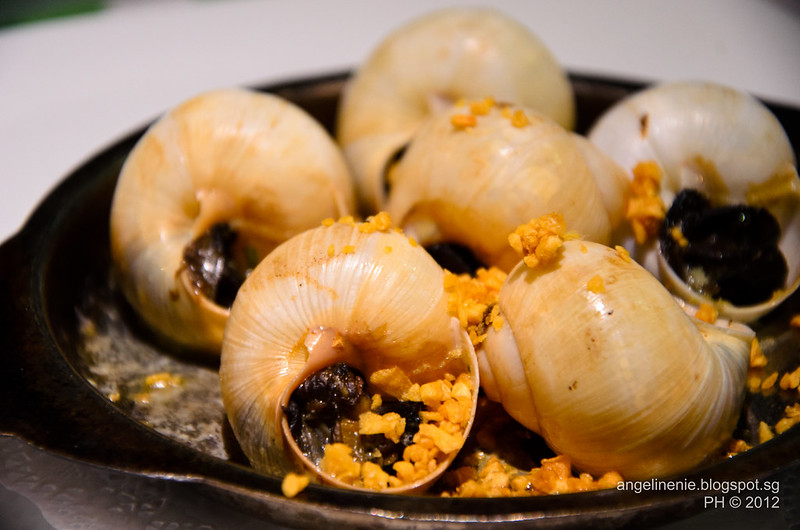Escargots with shallots