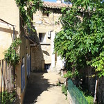 Narrow street in Sablet
