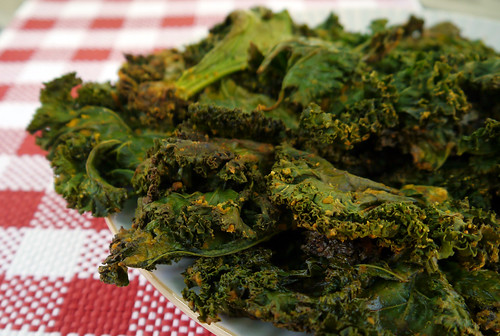 Kale Chips from Vegan Junk Food (0015)