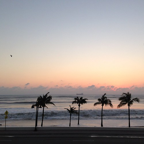 Bye. #sunrise #beach