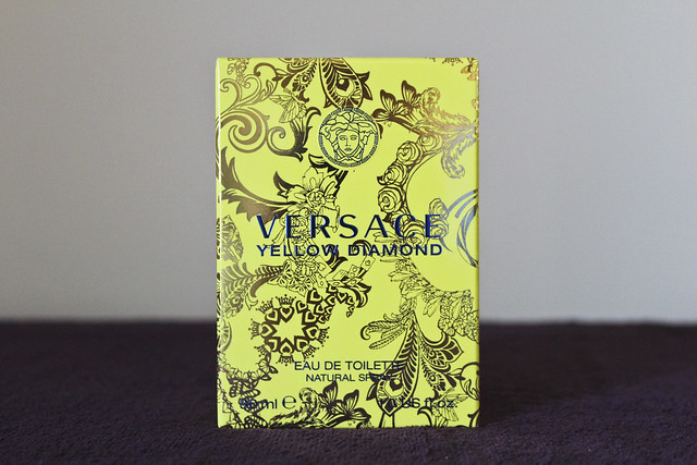 versace_yellow_diamonds