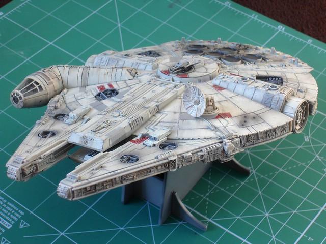 Millennium Falcon upper front