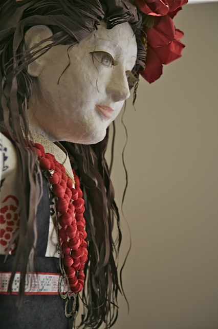 elizabeth-lyska-paper-sculpture