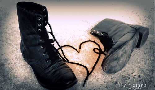"""""""Me abandono como se abandonan los zapatos viejos"""""""