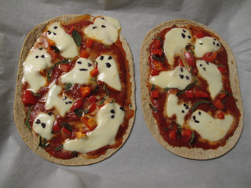 Ghost Pizza Halloween Food 3