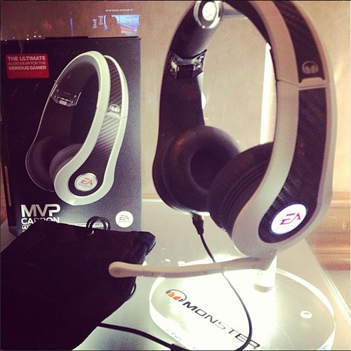 EA Sports MVP Carbon by Monster headphones