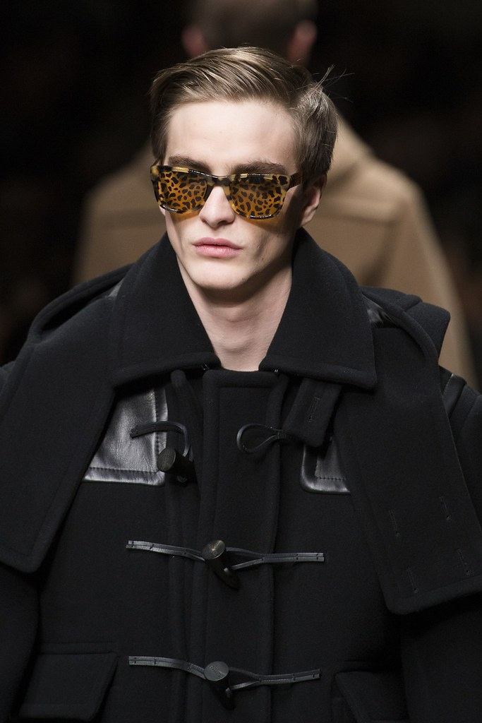 FW13 Milan Burberry Prorsum073_Robert Laby(VOGUE)