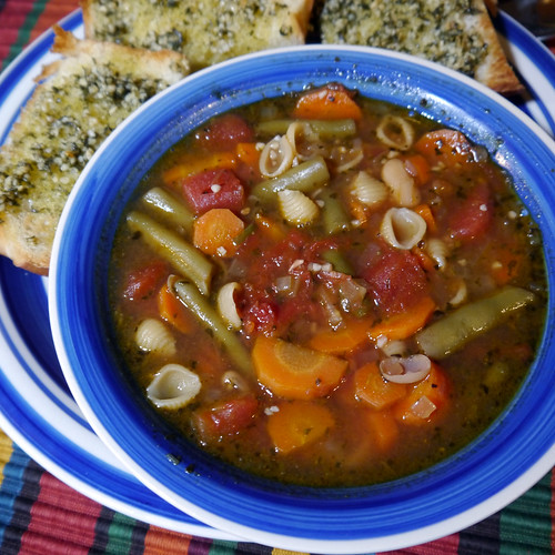 2013-01-27 - AVK 'Big Soup' Minestrone - 0012 [square]