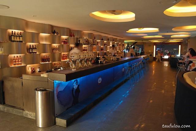 Luna Bar (3)