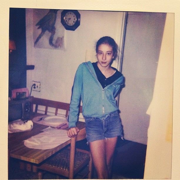 "1990s fashion flashback: ""Heroin chic"" cut-off jean shorts"