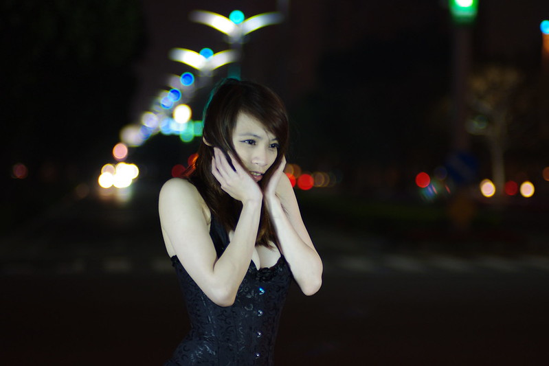 愛河要爆炸-夜媚Rita