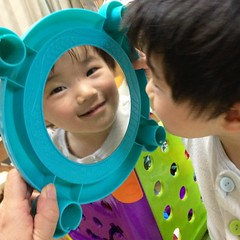 鏡をのぞくとらちゃん 2013/2/5